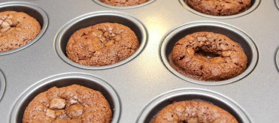 Molten Cinnamon-Chocolate Cakes