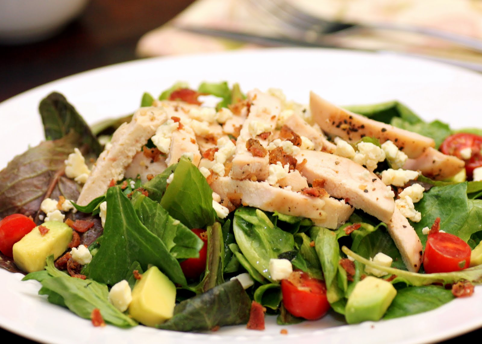Chicken Cobb Salad - Recipe Snobs