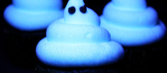 Ghoulishly Glowing Cupcakes
